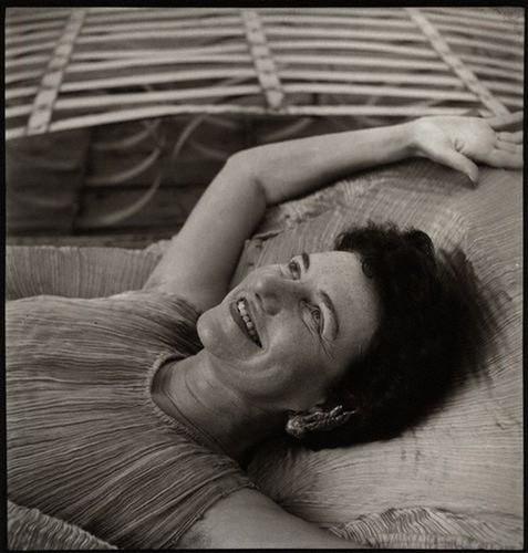 Ida Kar, Peggy Guggenheim, 1952-53, @National Portrait Gallery London