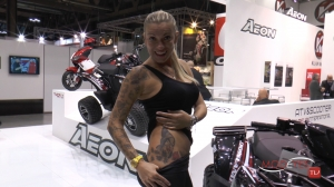 girls at  EICMA 2013